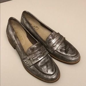 Batik Pewter Leather Seychelles Penny Loafers